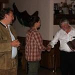 Feierliche Übergabe des Pokals durch Karl-Heinz Krone